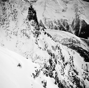 Andreas fransson skiing the offpiste of Helbronner outside Courmayeur, Italy