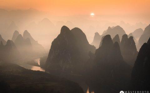 Fotoresa till Kina med unika landskap och magiska porträtt.